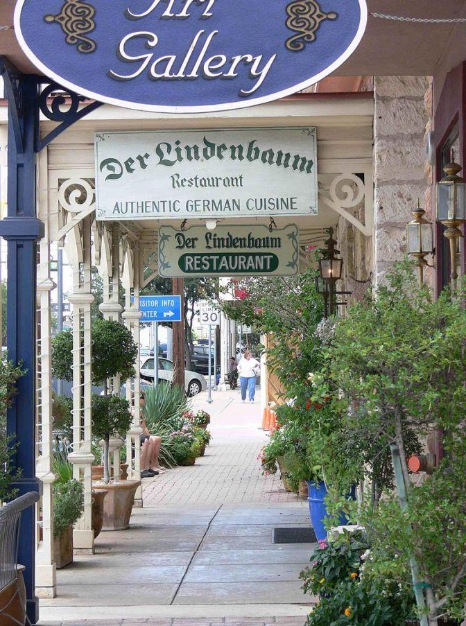Mainstreet in Fredericksburg, Texas